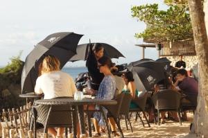 Sonnenschirme in Rock Bar