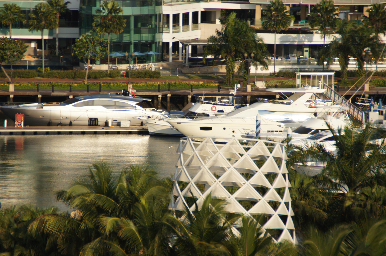 singapur zwischen verboten luxus und traumstr nden globu r s. Black Bedroom Furniture Sets. Home Design Ideas
