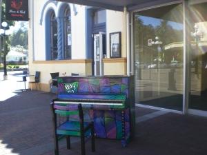 Klaviere auf Neuseeländischen Straßen