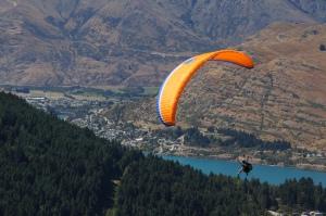 Paraglider Queenstown